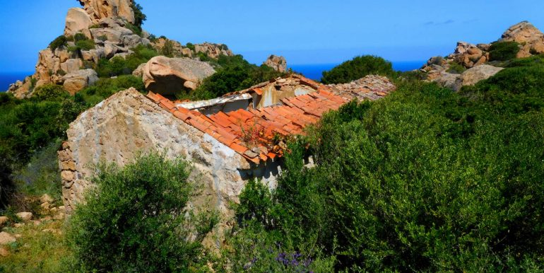 Farmhouse-for-sale-in-sardinia-1