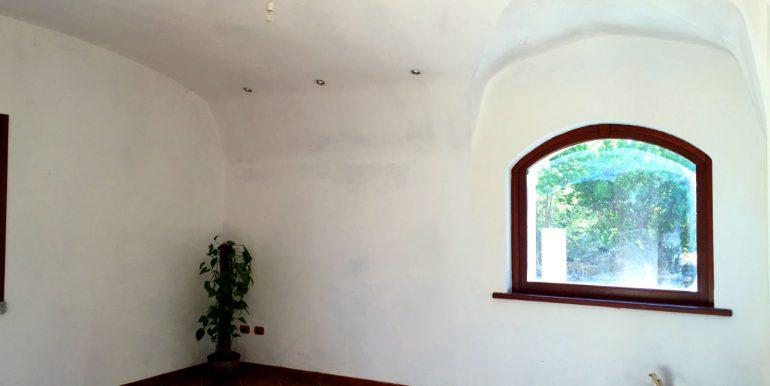 villa-for-sale-in-sardinia-9