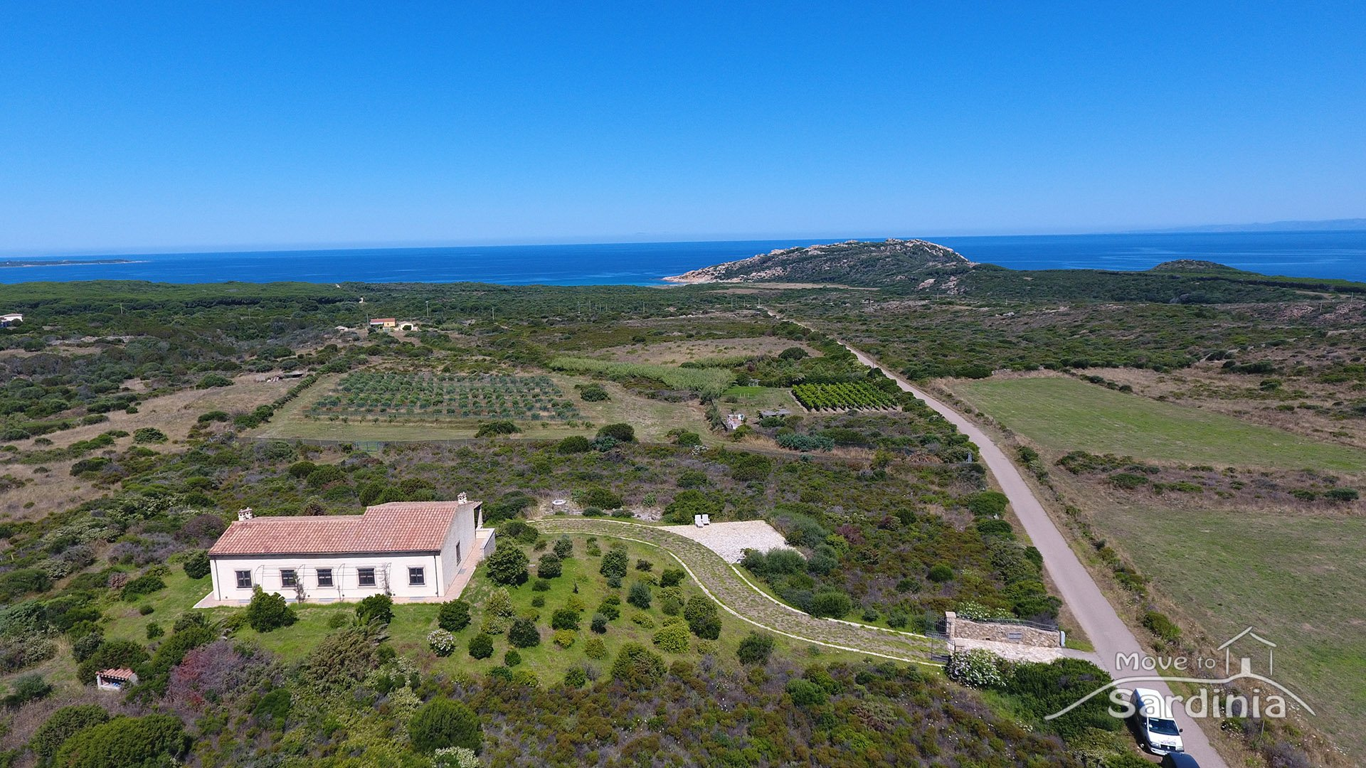 Exceptional house for sale in Sardinia, breathtaking sea view, few steps from the beach of Monti Russu in Aglientu