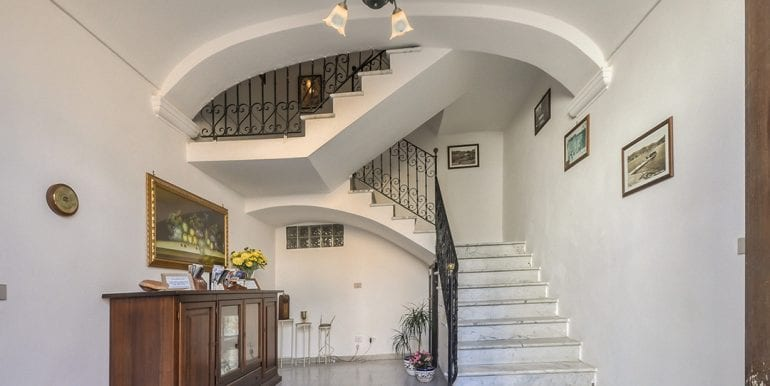 Historic house for sale in sardinia 4