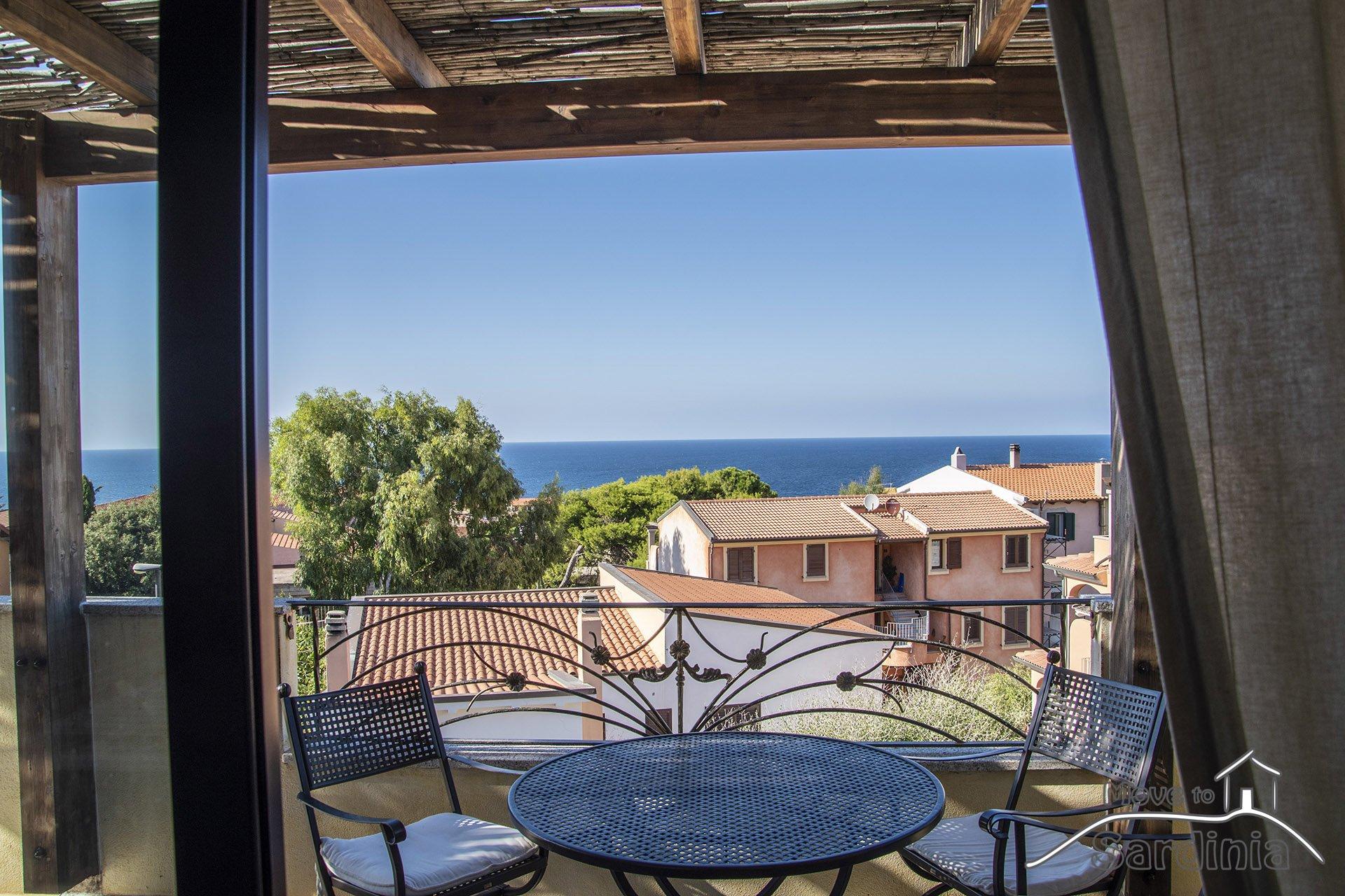 Sea view apartment for sale in Valledoria, La Ciaccia, Property code LCC-PI-T1
