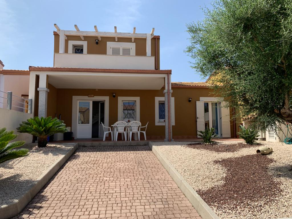 Villa Girasole, nice terraced house for rent in Valledoria, the perfect choice for your holidays!