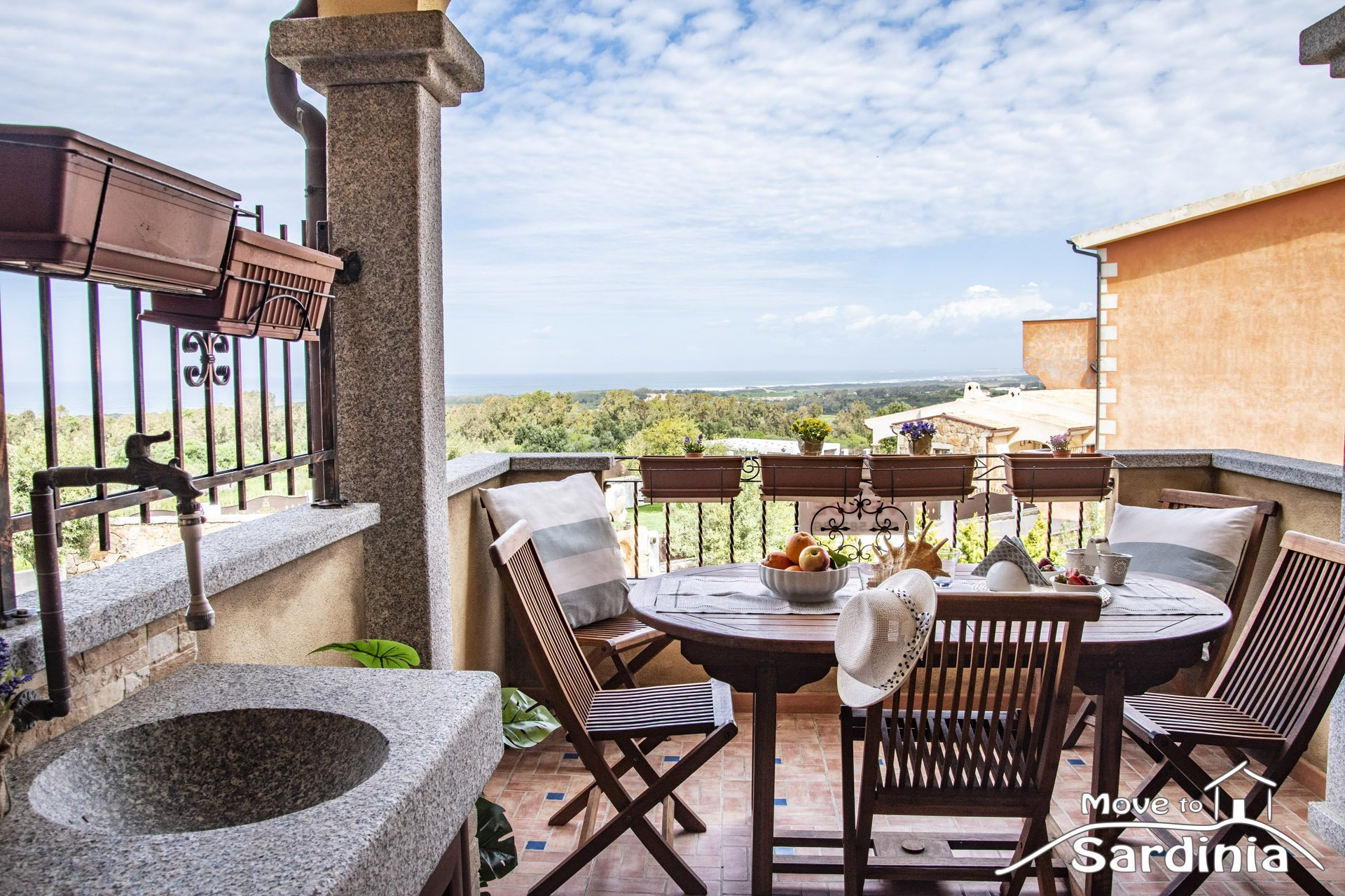 Fabulous apartment for sale in La Muddizza, beautiful sea view, just 2km from the beach