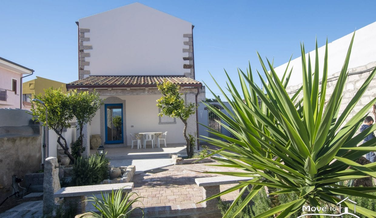 house for sale in sardinia VLL-MA-62