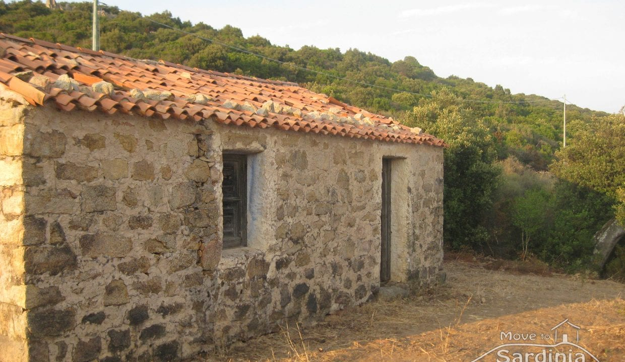 Country house for sale in Sardinia TR-CU-33