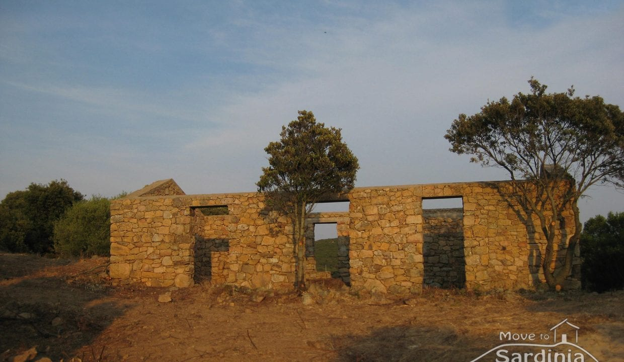 Country house for sale in Sardinia TR-CU-37