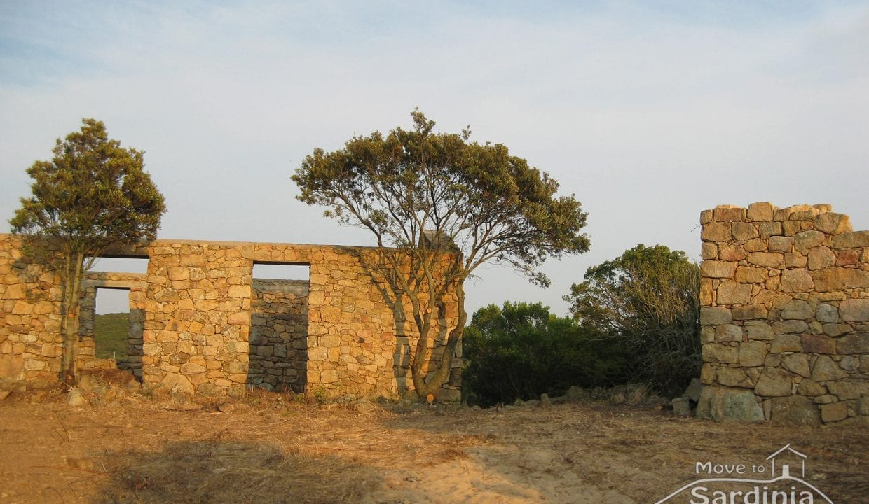 Country house for sale in Sardinia TR-CU-39